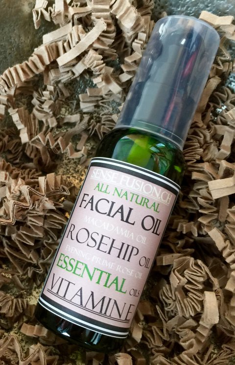 All Natural and Vegan Facial Oil - Winter Time Edition